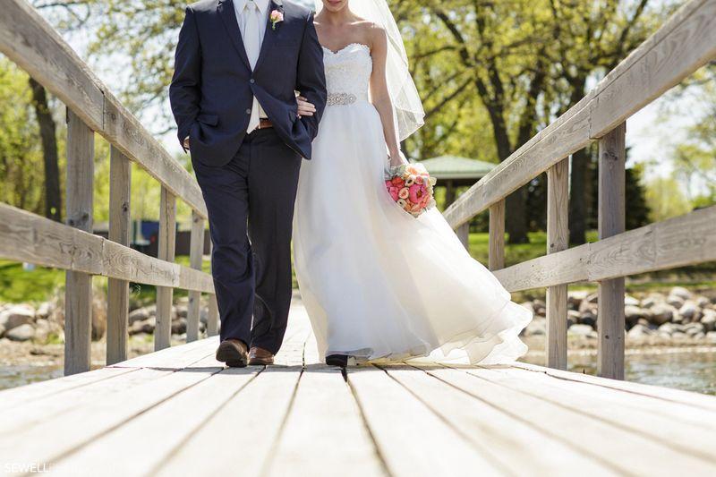 SEWELLPHOTOGRAPHY_STCLOUD_WEDDING026