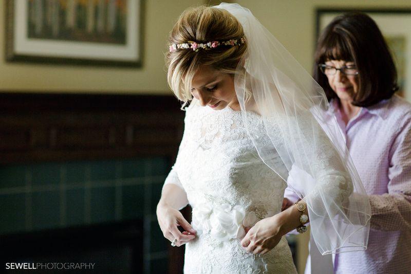 SEWELLPHOTOGRAPHY_LAKEMINNETONKA_WEDDING002