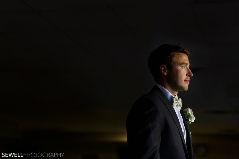 SEWELLPHOTOGRAPHY_LAKEMINNETONKA_WEDDING001
