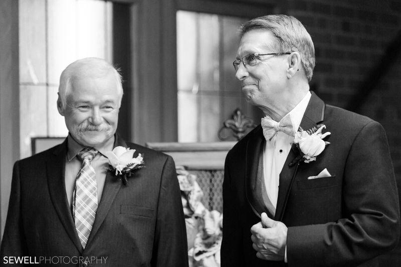 SEWELLPHOTOGRAPHY_LAKEMINNETONKA_WEDDING014