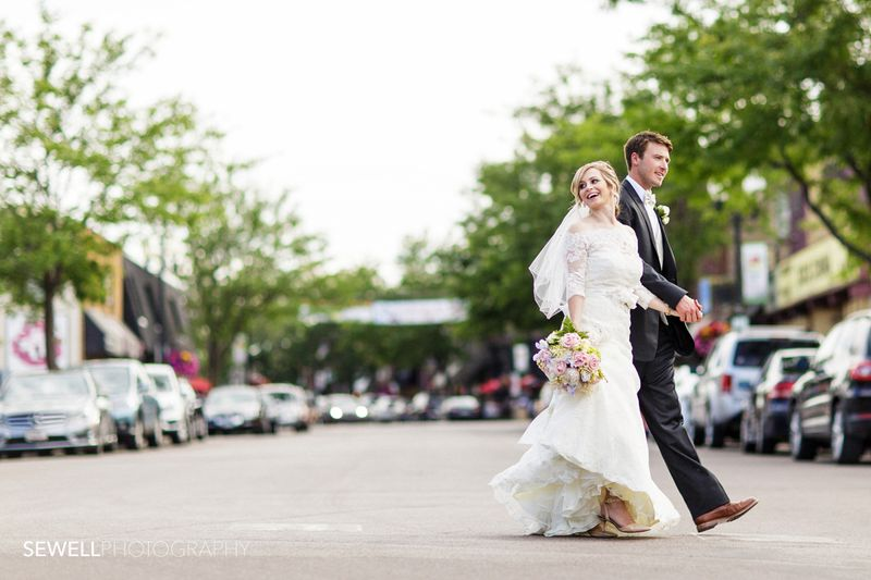 SEWELLPHOTOGRAPHY_LAKEMINNETONKA_WEDDING027