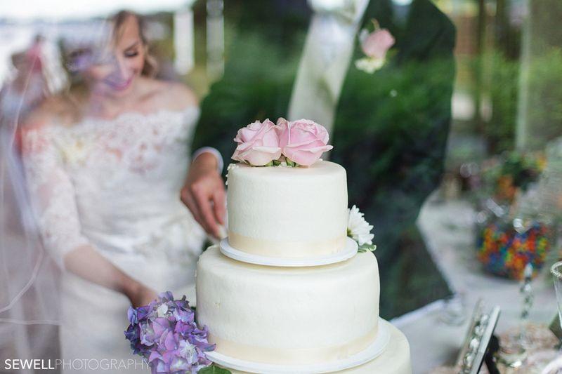 SEWELLPHOTOGRAPHY_LAKEMINNETONKA_WEDDING036